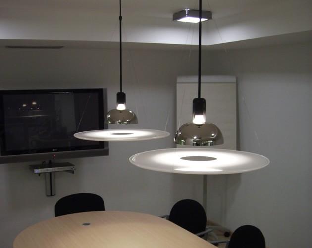 Iluminacion de oficinas de conta conta producciones for Iluminacion de oficinas